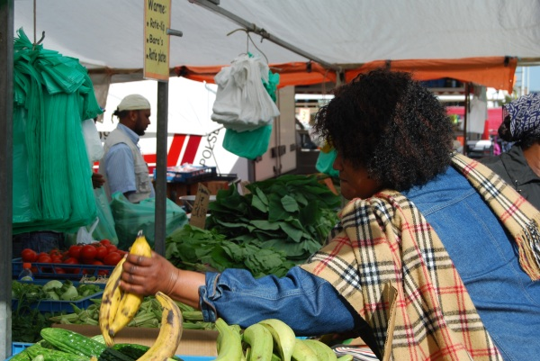Getting plantains.  Photo by: Diana O'Gilvie